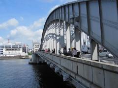勝鬨橋から…