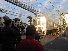 先行してやってくる列車で、撮る位置決めや、シミュレーション
