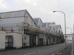 特徴ある屋根の建物が多い3