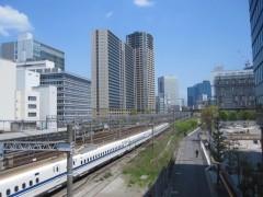 田町駅から浜松町方面を望む