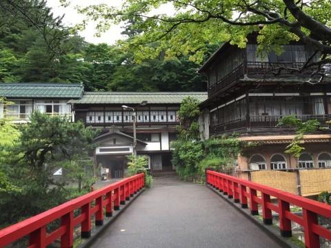 積善館…現存する日本最古の木造湯宿建築