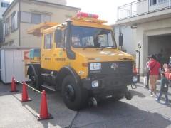 作業用の軌陸車