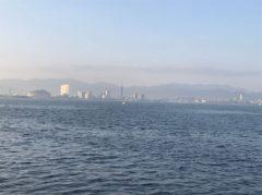 一昨日上った福岡タワーが見える