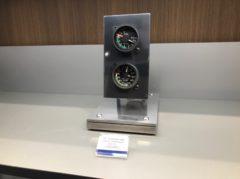 ボーイング727の計器は、135,000円