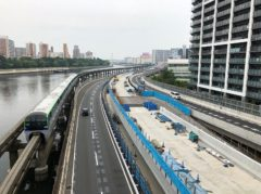品川シーサイド駅から八潮橋を渡る
