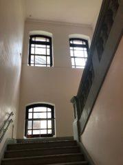 美術館の階段室…ちょっとでも写していいところがあればいいのだけど…