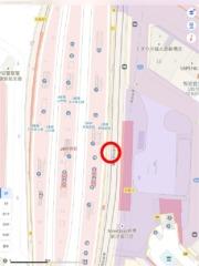 ちょうど東海道新幹線が通るあたりに…