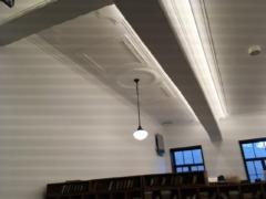 天井の意匠も気になる